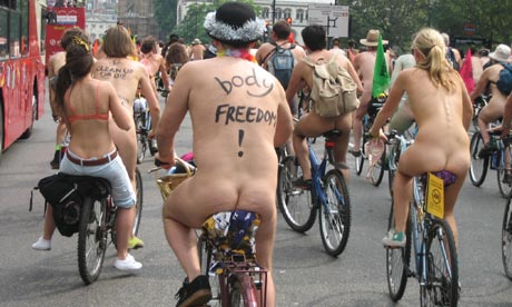 World-Naked-Bike-Ride-in--001